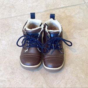 Adorable Brown Jumping Beans Boots size 9
